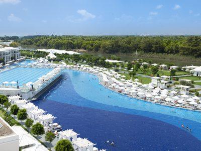 Titanic Deluxe Golf Resort (10)