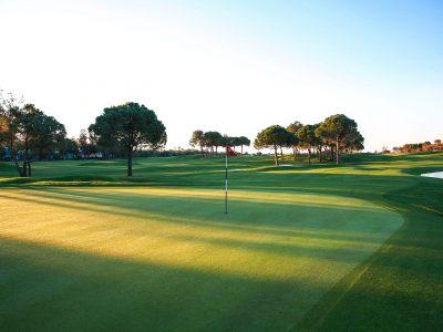 Titanic Deluxe Golf Resort (16)